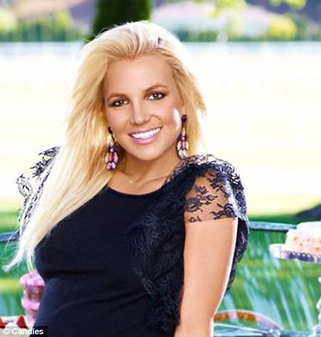 Britney Spears & Candie s forbereder annoncer for Fall